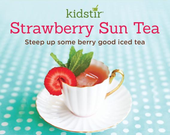 kids-strawberry-sun-tea